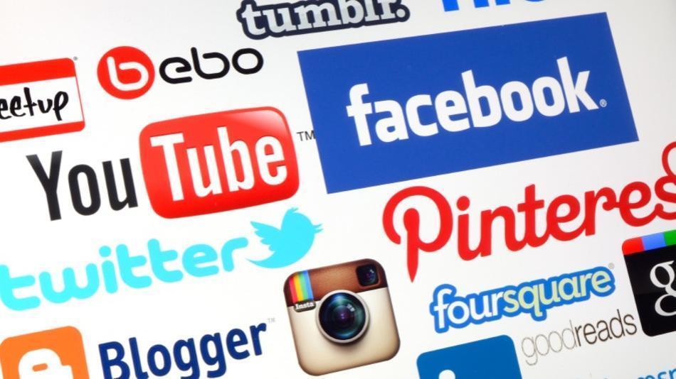 Happy Social Media Day 2013